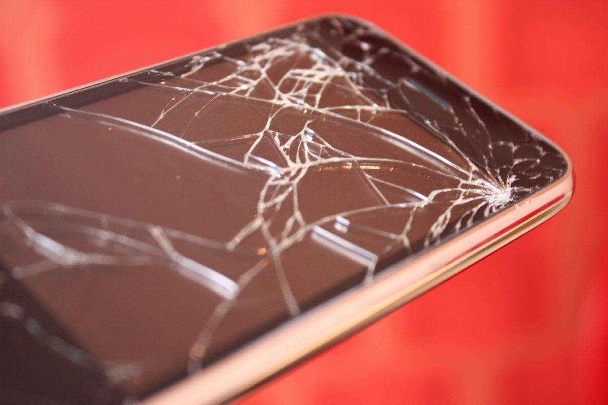 iPhone vs. Android: Fight! (Literally)